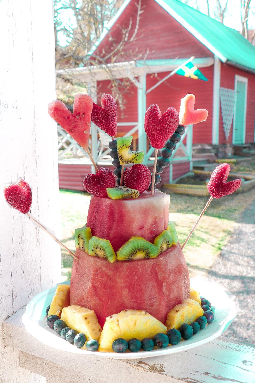 Healthy fruit birthday cake by Linda Haggh.jpg