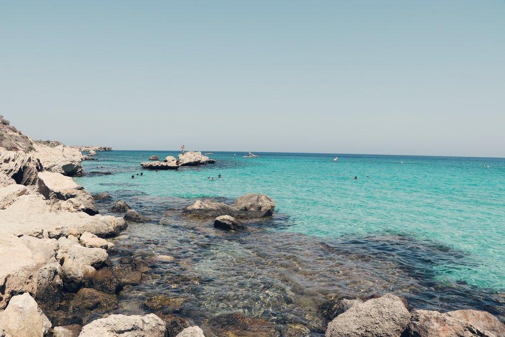 www.lindahaggh.com Blue bay .jpg