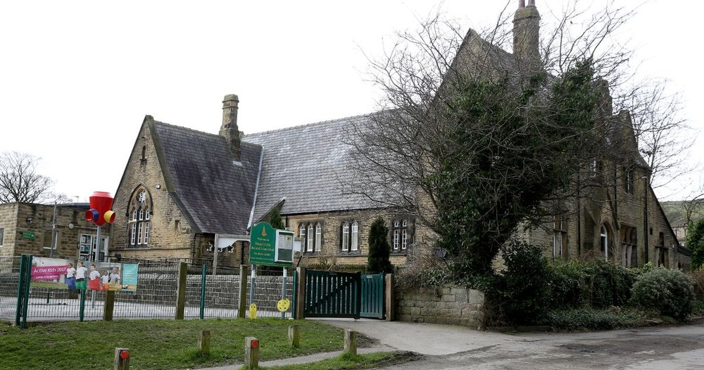 Helme School CE Junior and Infants.jpg