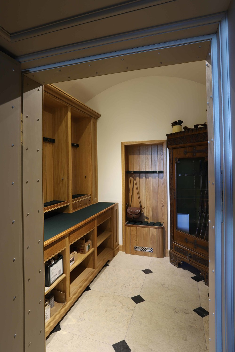 Gunroom furniture in oak, Marchmont House, Greenlaw.