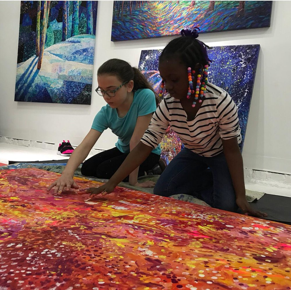 Children finger painting together with Iris Scott at Filo Sofi Arts Gallery in NYC.jpg
