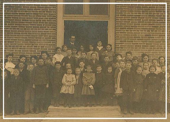 genealogy_classphoto.jpg