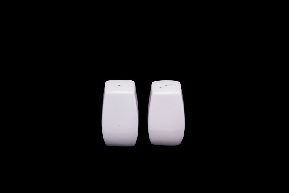 Ceramic Salt and Pepper - Flat