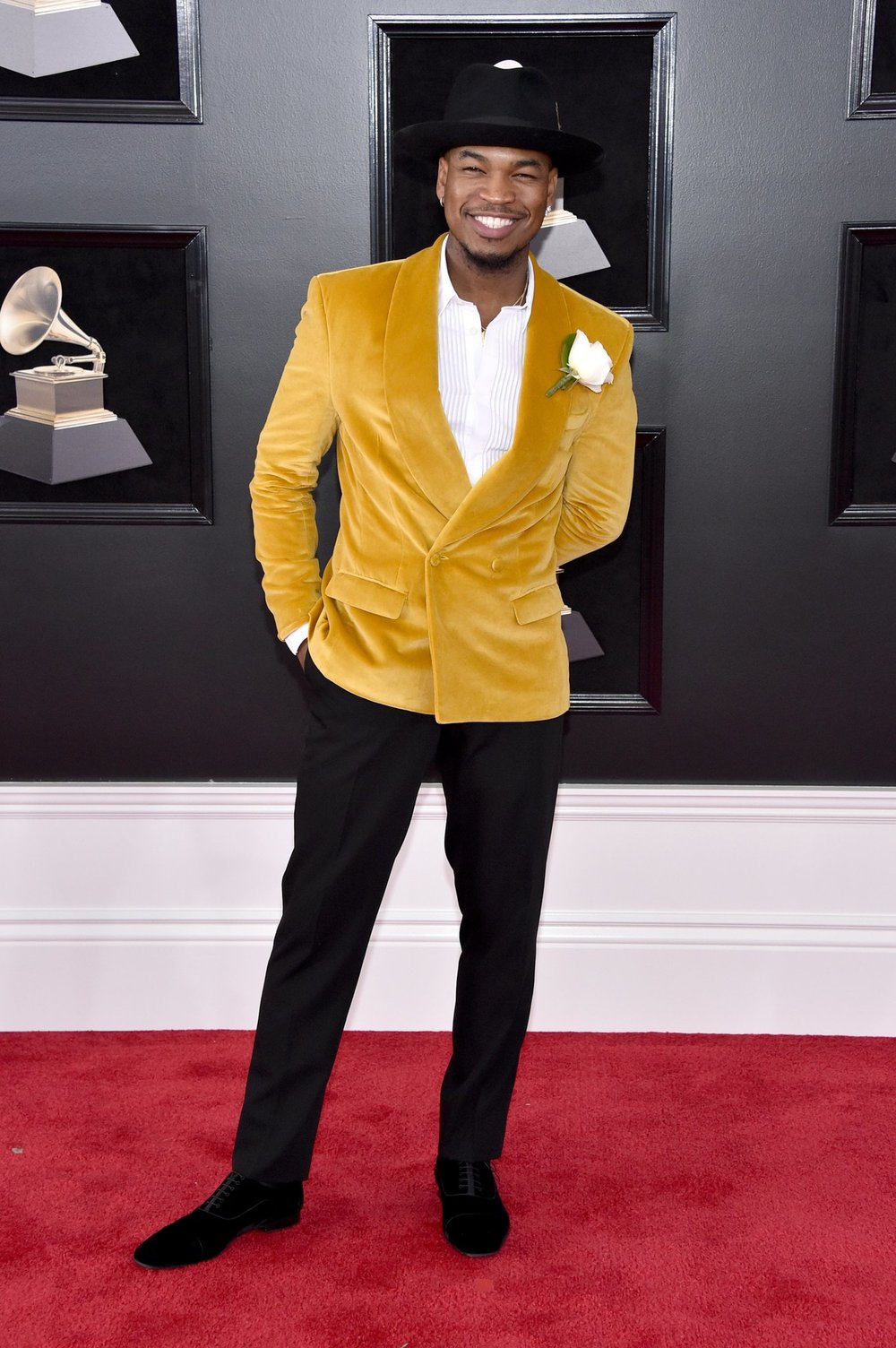 Here's Our Favorite Red Carpet Looks from The 60th Grammy Awards Ne-Yo Grayscale Kolor Magazine.jpg