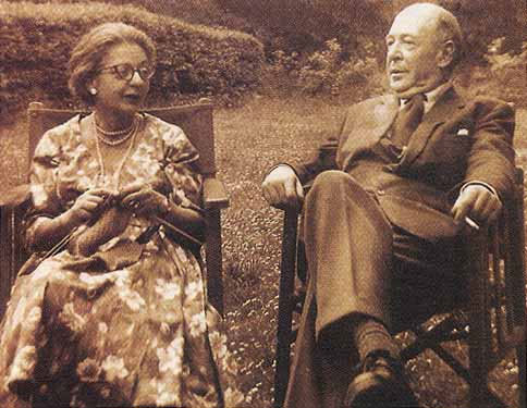 cs lewis and wife.jpg