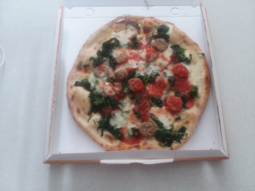 First pizza upon arriving in Trieste