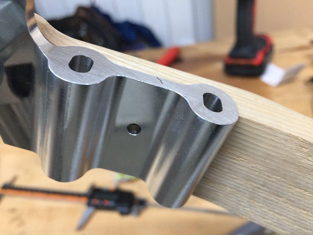 Flat mount disk brake drops