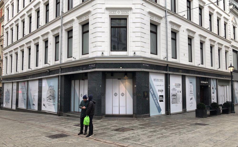 Etter at H&M flyttet litt lenger ned og 29. november åpnet en av verdens største H&M-butikker i de gamle lokalene etter TV2 (Karl Johans gate 14) ser det nå slik ut i de gamle lokalene.