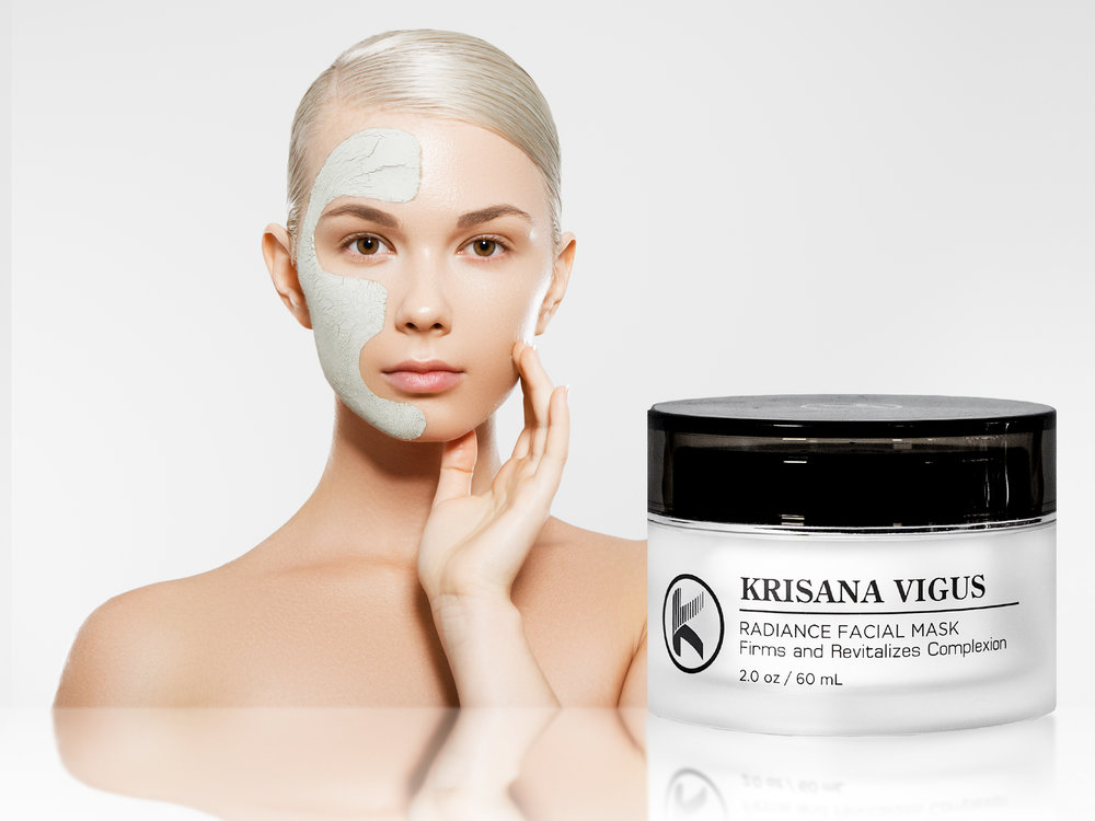 RADIANCE FACIAL MASK - This moisturizing facial mask tones, firms, and uses anti-microbial properties to draw out surface dirt and debris while visibly diminishing pores.