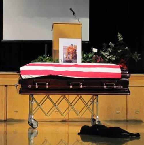 Navy SEAL Jon Tumilson and Hawkeye - via today.com