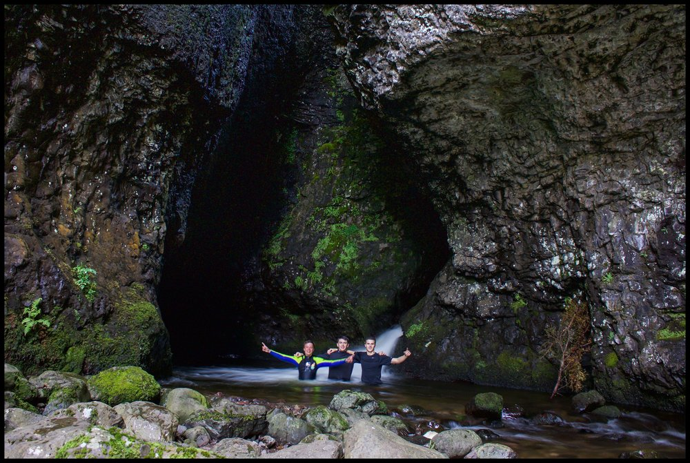 Smuggler's Cave, Alva Glen