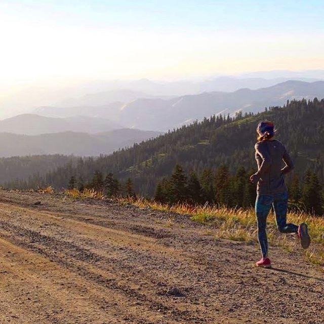 Dreaming of Lake Tahoe runs! Wish we were there too @bioskinfit #runtheworld #laketahoe
