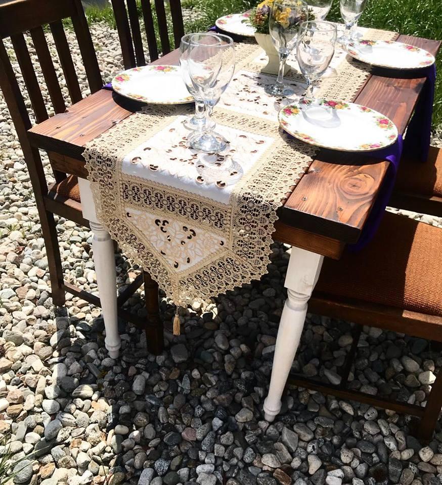 Segundina Sweetheart Table