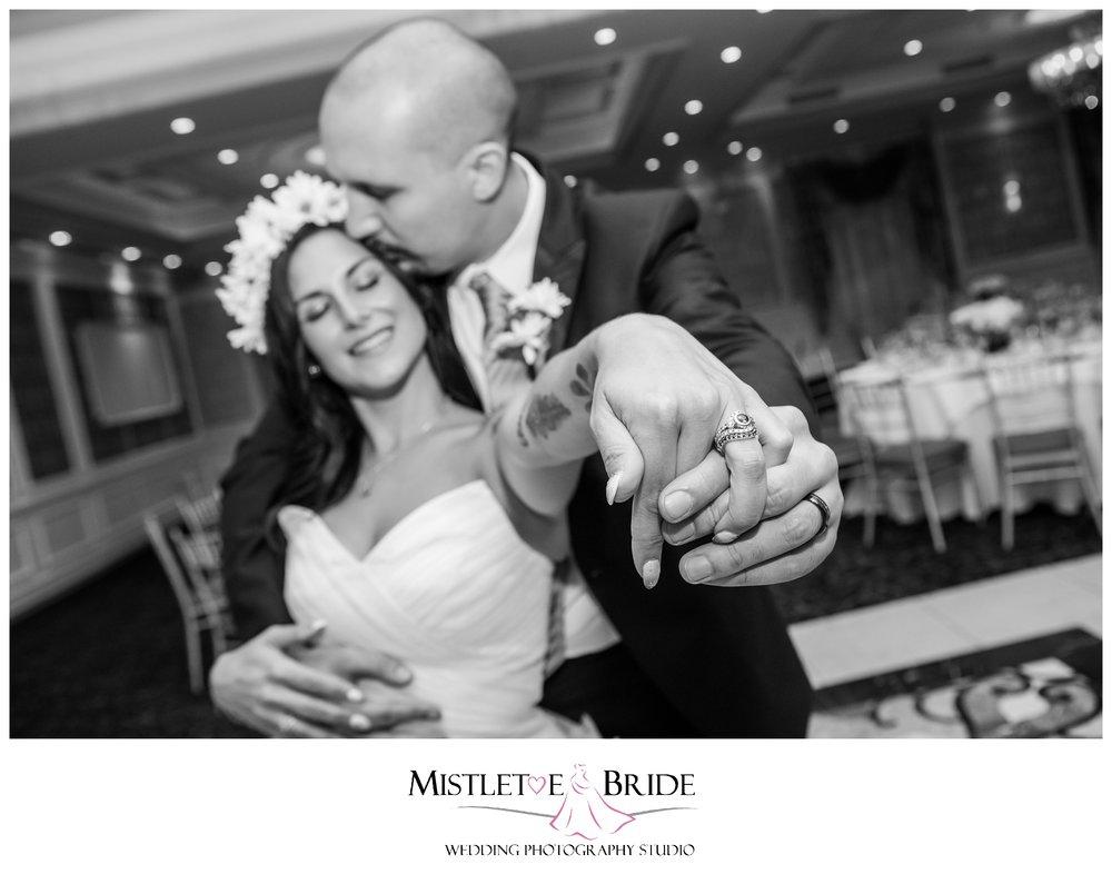 terrace-biagios-wedding-nj-mistletoe-bride-1282.JPG