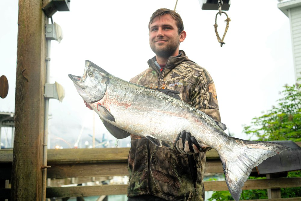 EARLY june special!!! - HALIBUT/KING SALMON/rockfishMAY 23-JUNE 15$295/PERSON(normally $350/person!!!)