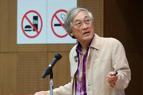 Prof. Kawasaki giving his inspirational talk