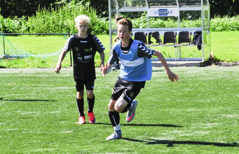 GJENGANGEREN(JUNI 2015) - En smak av italiensk fotball! Denne skolen er en suksess, mye takket være gode lokale støttespillere.