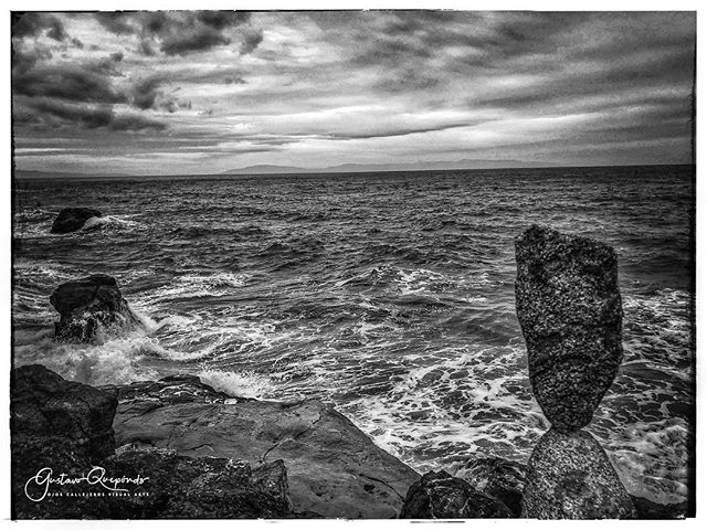 """La prochaine tempête""~B&W Landscape Wanderings **************************************** #landscape #bnw_landscape #iphoneography #angrysea #iphoneonly #bnw #instanature #shotoniphone #blackandwhitephotography #blackandwhitelandscape #blancoynegro #blancetnoir #monochrome #blackandwhite #ig_landscape #rockstacking #monochromestyle #bnw_demand #californiacoast #blackandwhitephotography #bnwlas #thesea #instagood #instablackandwhite #instabnw #naturallight #availablelight"