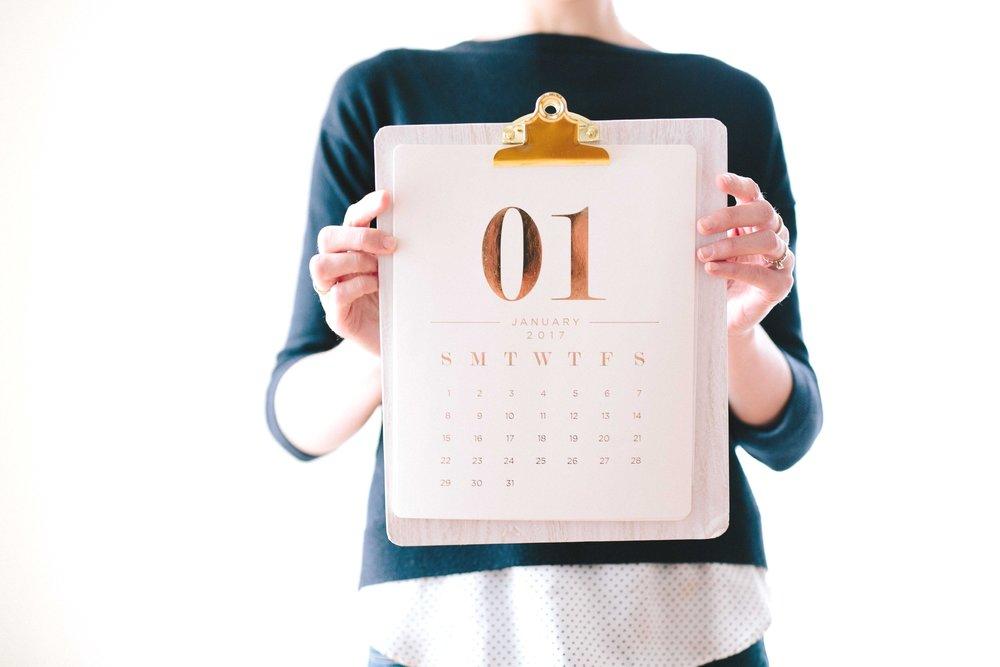 woman-holding-calendar.jpg