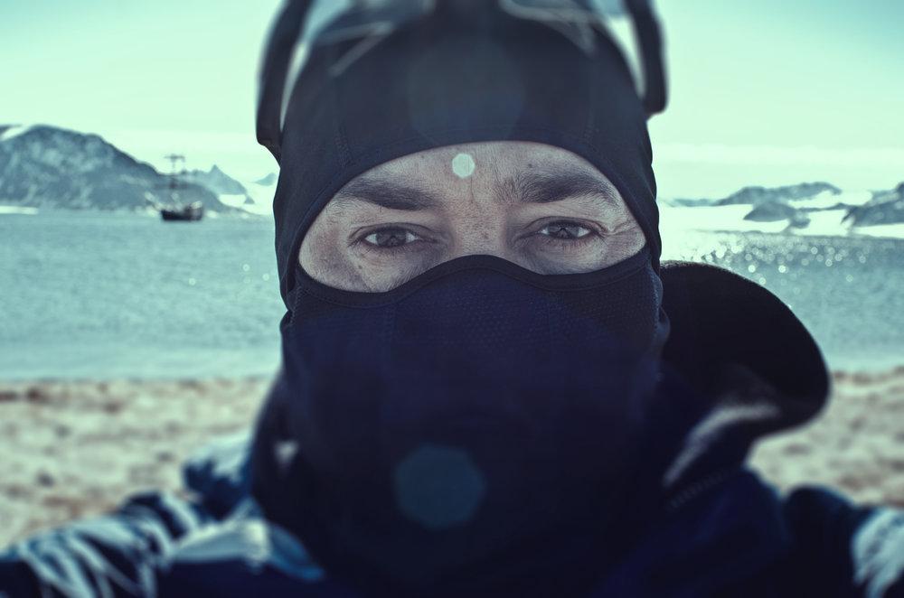 ArcticSelfiePOTHIER.300DPINOLOGO.jpg