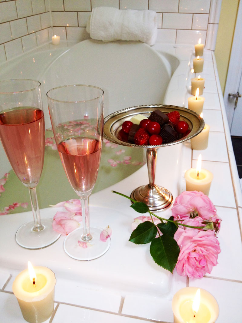 orchard-croft-champagne-bath.jpg