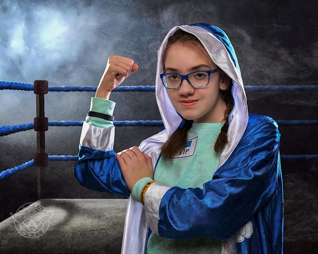 We partnered up with @cancerfreekids at their #nightforthefight event this year and did some #boxer photos! 🥊🥊📸 #somanyangels #superheroes #superhero #princess #cancer #cancersucks #kidswithcancer #sma #profoto #profotousa #dcuniverse #marveluniverse #comiccon #pittsburgh #pitt #dc #marvel #cosplay #cosplayer #cosplayers #capturedpgh #pediatriccancer #morethan4 #morethanfour #fighter @millerslab @profotousa