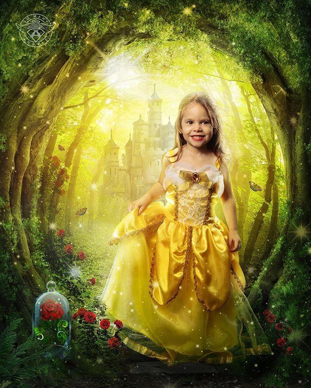 We think she's a beautiful Princess, don't you agree?! #somanyangels#superheroes #superhero#princess#cancer #cancersucks#kidswithcancer#sma #profoto#profotousa#dcuniverse #marveluniverse#comiccon#pittsburgh #pitt#dc#marvel#cosplay #cosplayer#cosplayers#capturedpgh #pediatriccancer#morethan4 #belle #morethanfour