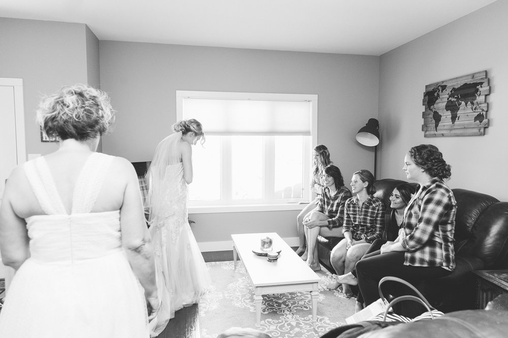 lethbridge-wedding-photographer-love-and-be-loved-photography-bailey-joel-lethbridge-wedding-picture-image-photo-4.jpg
