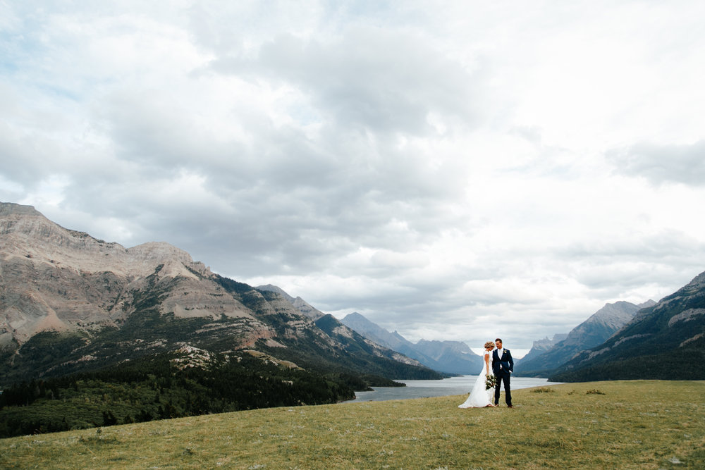 lethbridge-wedding-photographer-love-and-be-loved-photography-waterton-lakes-mountain-picture-image-photo-8.jpg