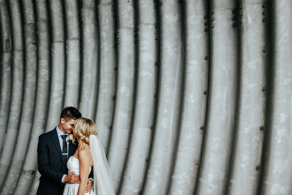 lethbridge-wedding-photography-love-and-be-loved-photographer-image-picture-photo-40.jpg