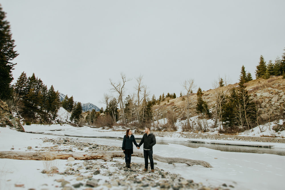 waterton-photographer-love-and-be-loved-photography-trent-danielle-engagement-winter-picture-image-photo-11.jpg