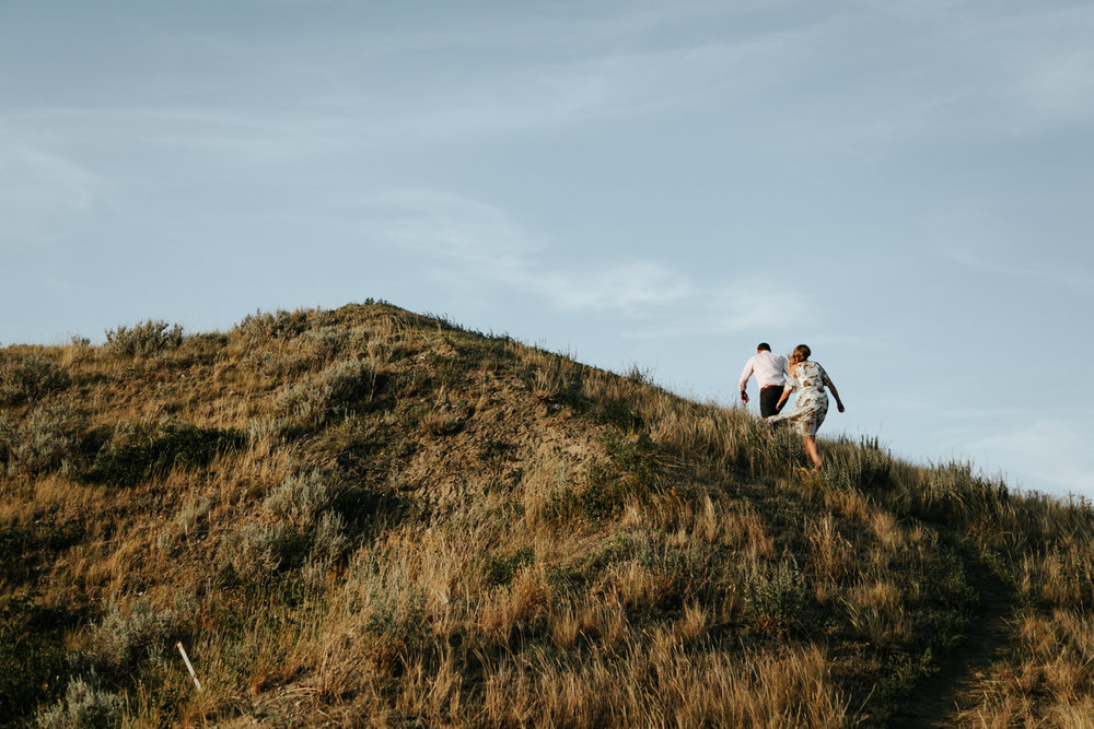 lethbridge-wedding-photographer-love-and-be-loved-photography-katie-kelli-engagement-picture-image-photo-18.jpg