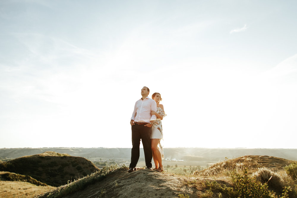 lethbridge-wedding-photographer-love-and-be-loved-photography-katie-kelli-engagement-picture-image-photo-19.jpg