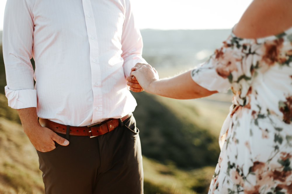 lethbridge-wedding-photographer-love-and-be-loved-photography-katie-kelli-engagement-picture-image-photo-31.jpg