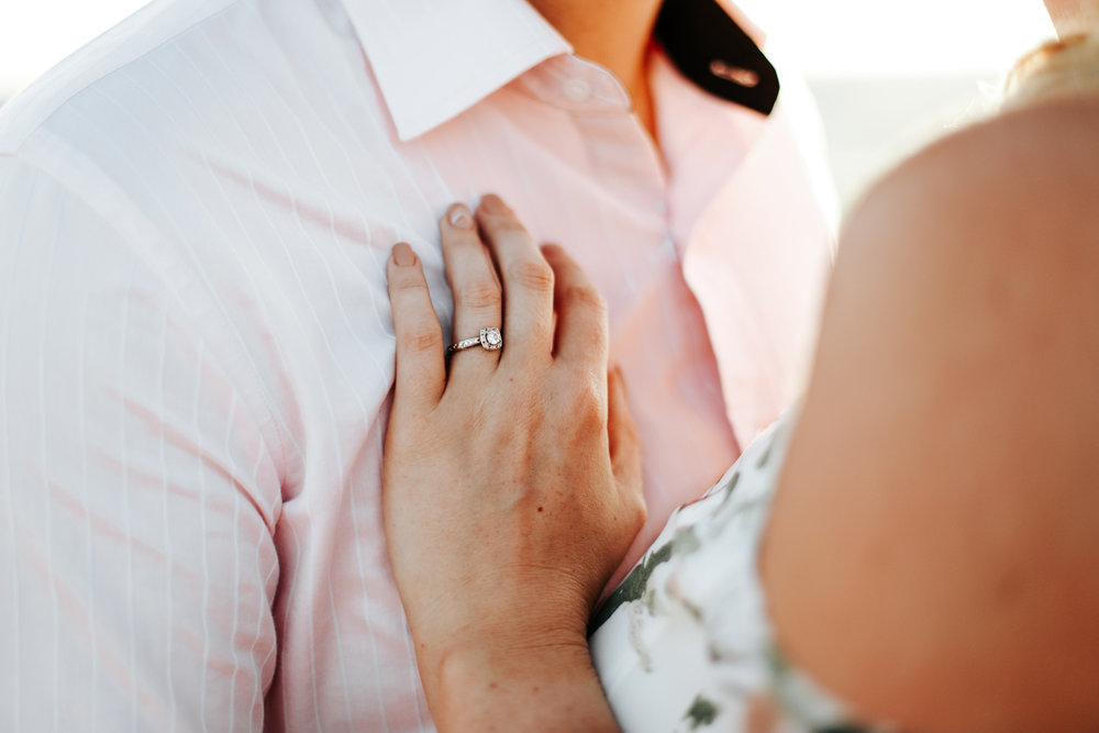 lethbridge-wedding-photographer-love-and-be-loved-photography-katie-kelli-engagement-picture-image-photo-34.jpg