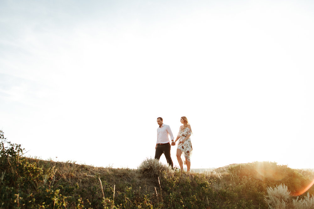 lethbridge-wedding-photographer-love-and-be-loved-photography-katie-kelli-engagement-picture-image-photo-40.jpg