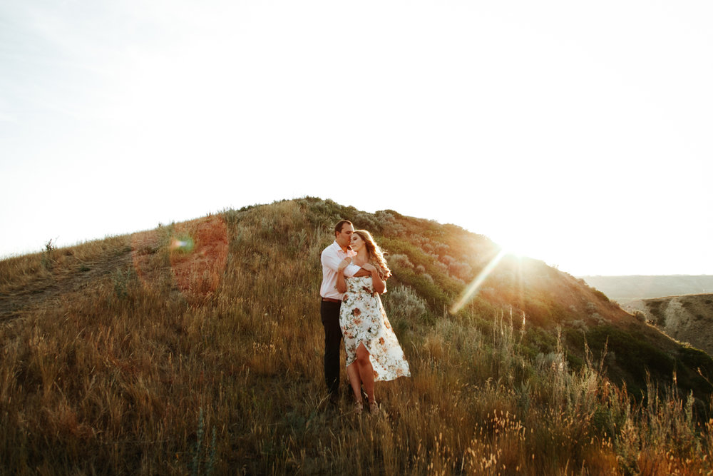 lethbridge-wedding-photographer-love-and-be-loved-photography-katie-kelli-engagement-picture-image-photo-45.jpg