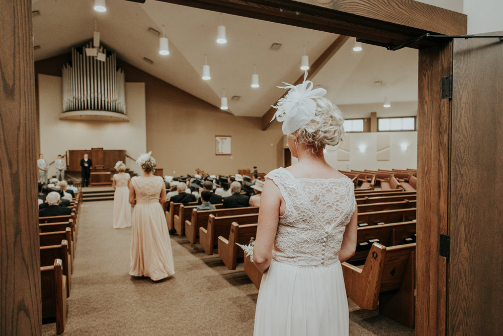 lethbridge-wedding-photographer-love-and-be-loved-photography-steven-marlene-reformed-church-photo-picture-image-16.jpg