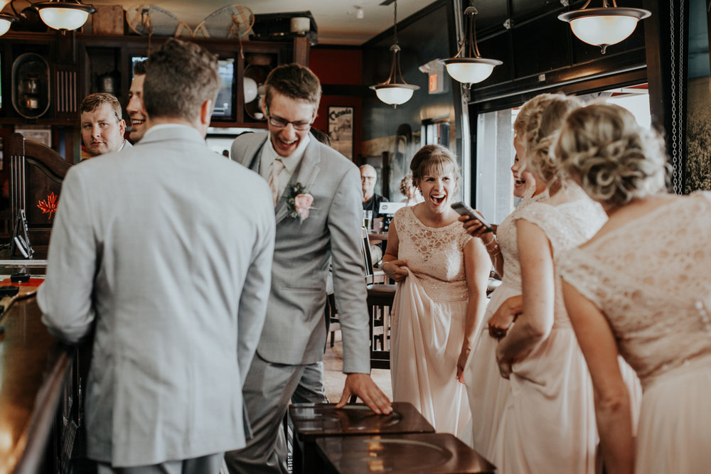 hudsons-tap-house-lethbridge-love-and-be-loved-photography-wedding-image-picture-photo-9.jpg