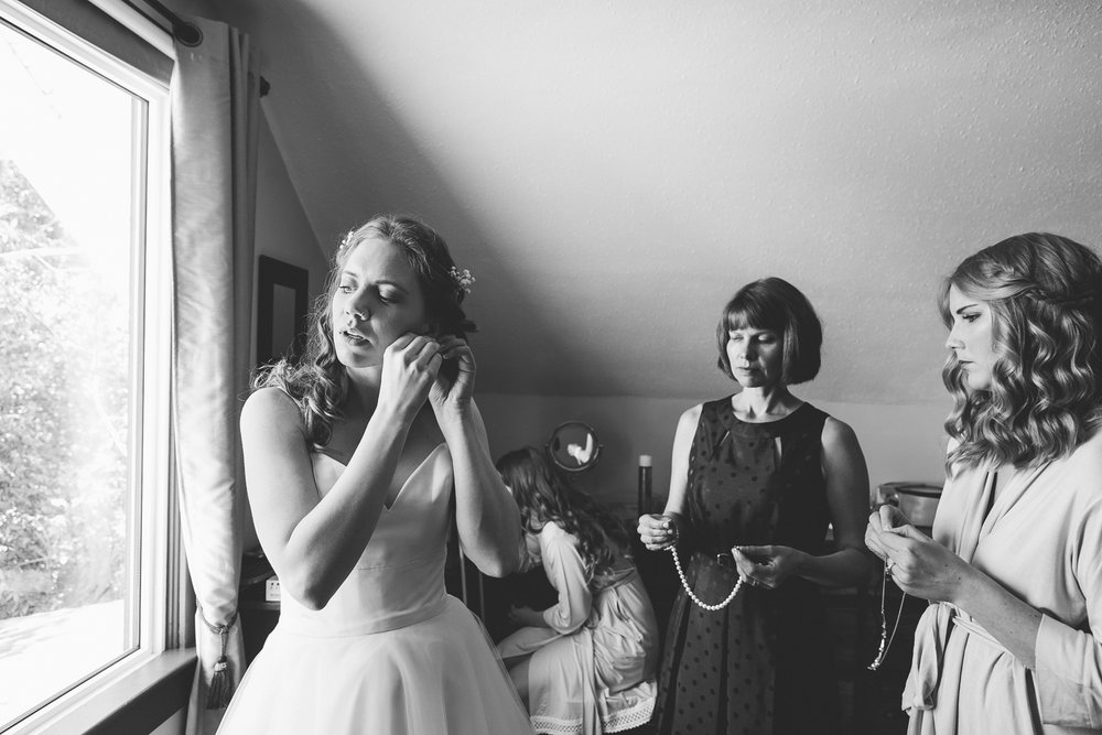 lethbridge-wedding-photographer-love-and-be-loved-photography-dan-tynnea-picture-image-photo-12.jpg