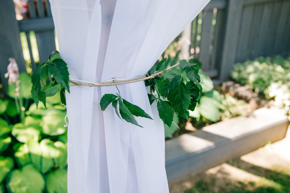 lethbridge-wedding-photography-love-and-be-loved-photographers-ashlin-anne-backyard-wedding-image-picture-photo-105.jpg