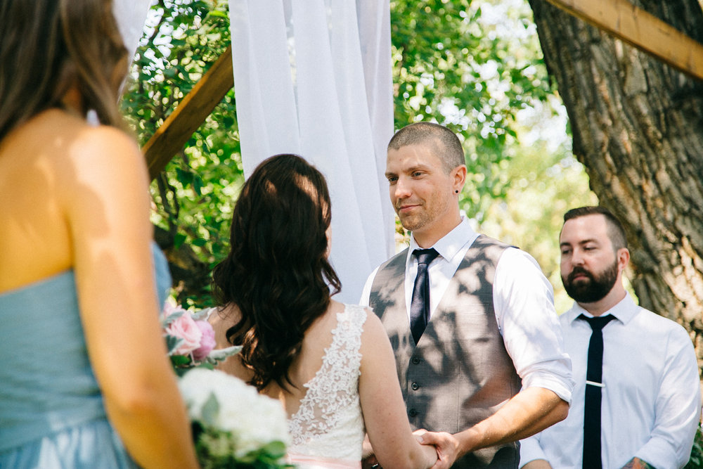 lethbridge-wedding-photography-love-and-be-loved-photographers-ashlin-anne-backyard-wedding-image-picture-photo-120.jpg