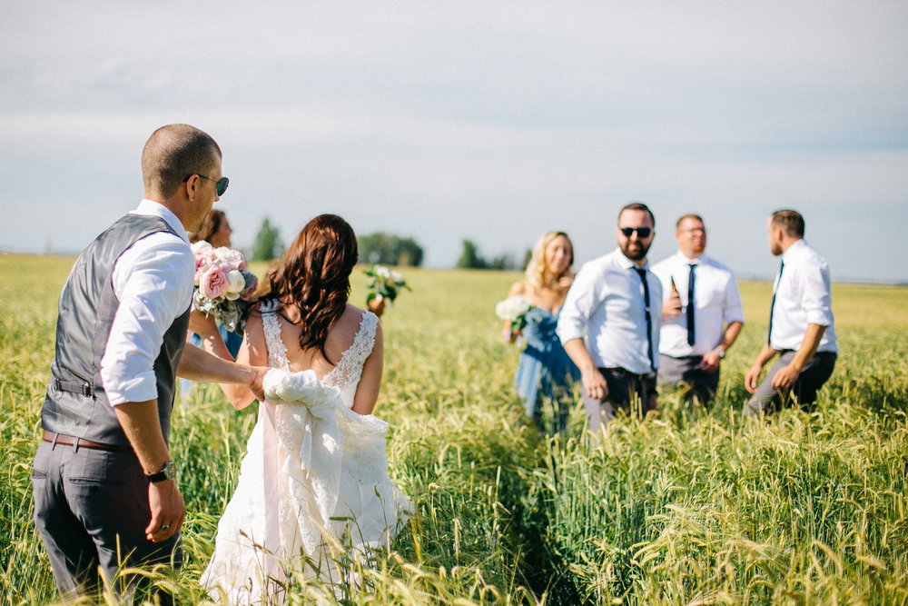 lethbridge-wedding-photography-love-and-be-loved-photographers-ashlin-anne-backyard-wedding-image-picture-photo-357.jpg