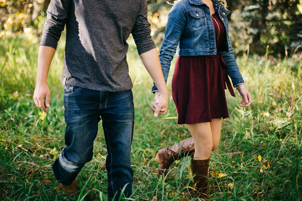 lethbridge-engagement-photography-love-and-be-loved-photography-steven-marlene-park-lake-engaged-picture-image-photo-4.jpg