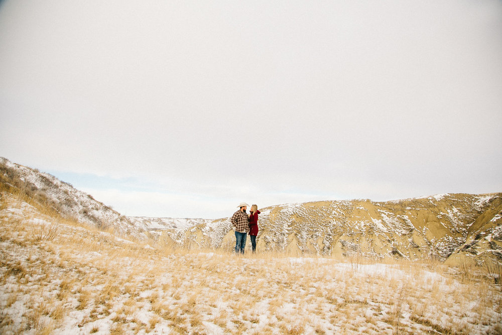 lethbridge-engagement-photographer-love-and-be-loved-photography-rylee-yanick-picture-image-photo-57.jpg