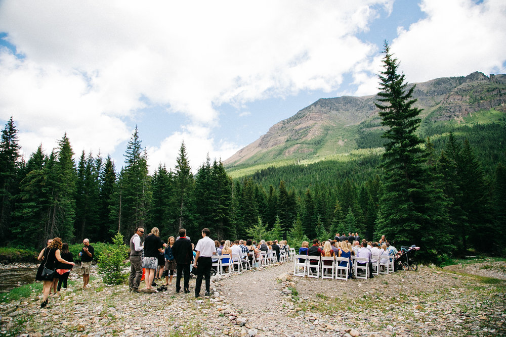 castle-mountain-wedding-photographer-love-and-be-loved-photography-jeremy-kristen-photo-image-picture-68.jpg