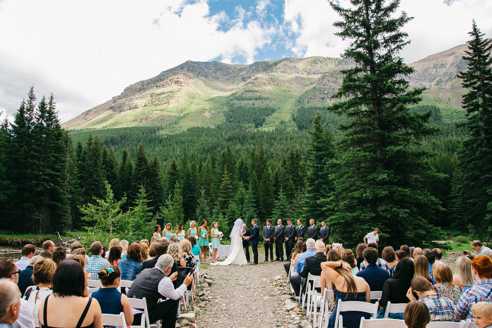 castle-mountain-wedding-photographer-love-and-be-loved-photography-jeremy-kristen-photo-image-picture-78.jpg