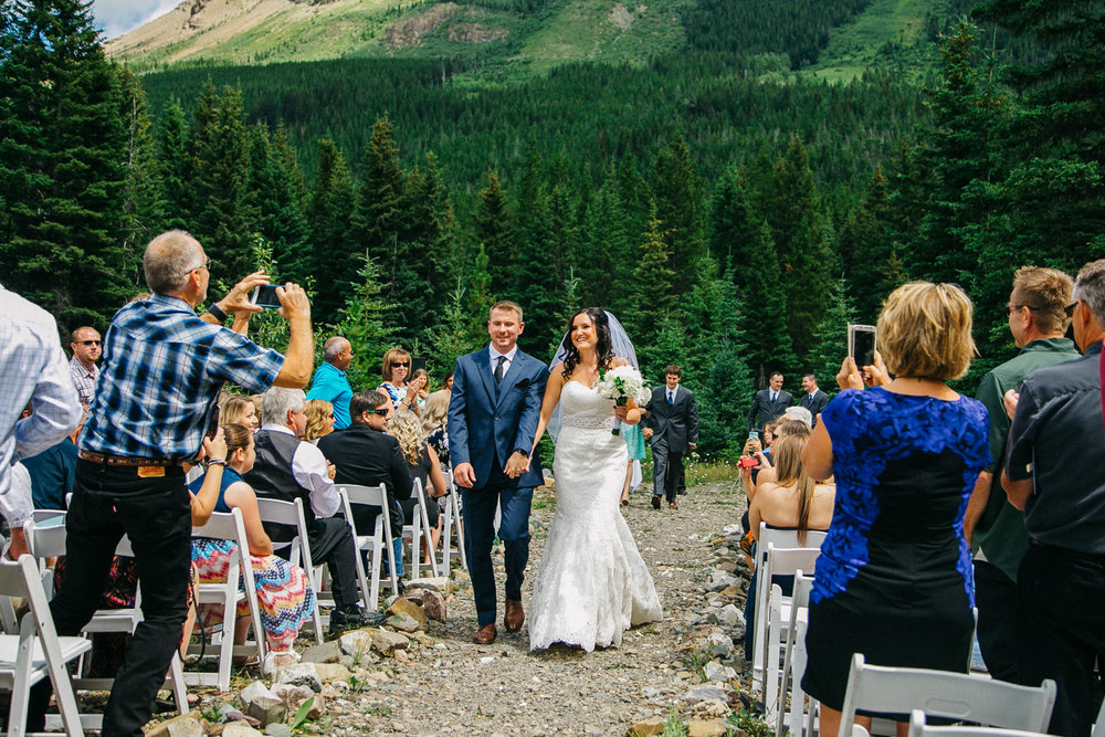 castle-mountain-wedding-photographer-love-and-be-loved-photography-jeremy-kristen-photo-image-picture-92.jpg