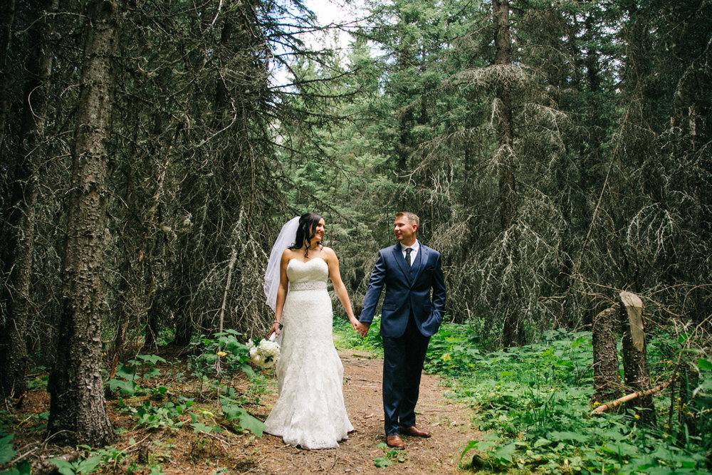 castle-mountain-wedding-photographer-love-and-be-loved-photography-jeremy-kristen-photo-image-picture-128.jpg