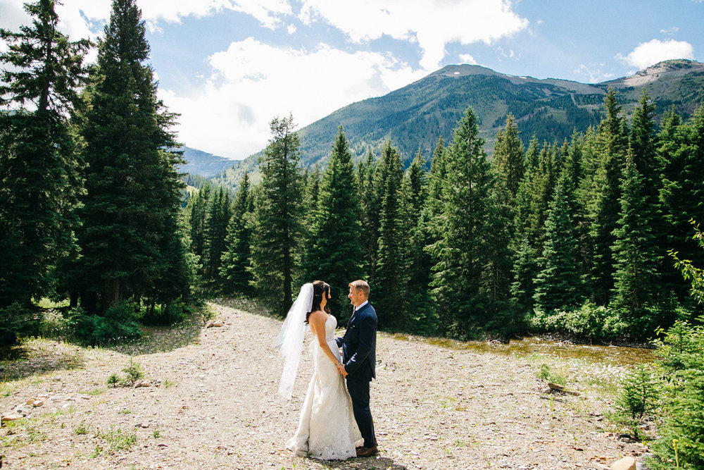 castle-mountain-wedding-photographer-love-and-be-loved-photography-jeremy-kristen-photo-image-picture-140.jpg